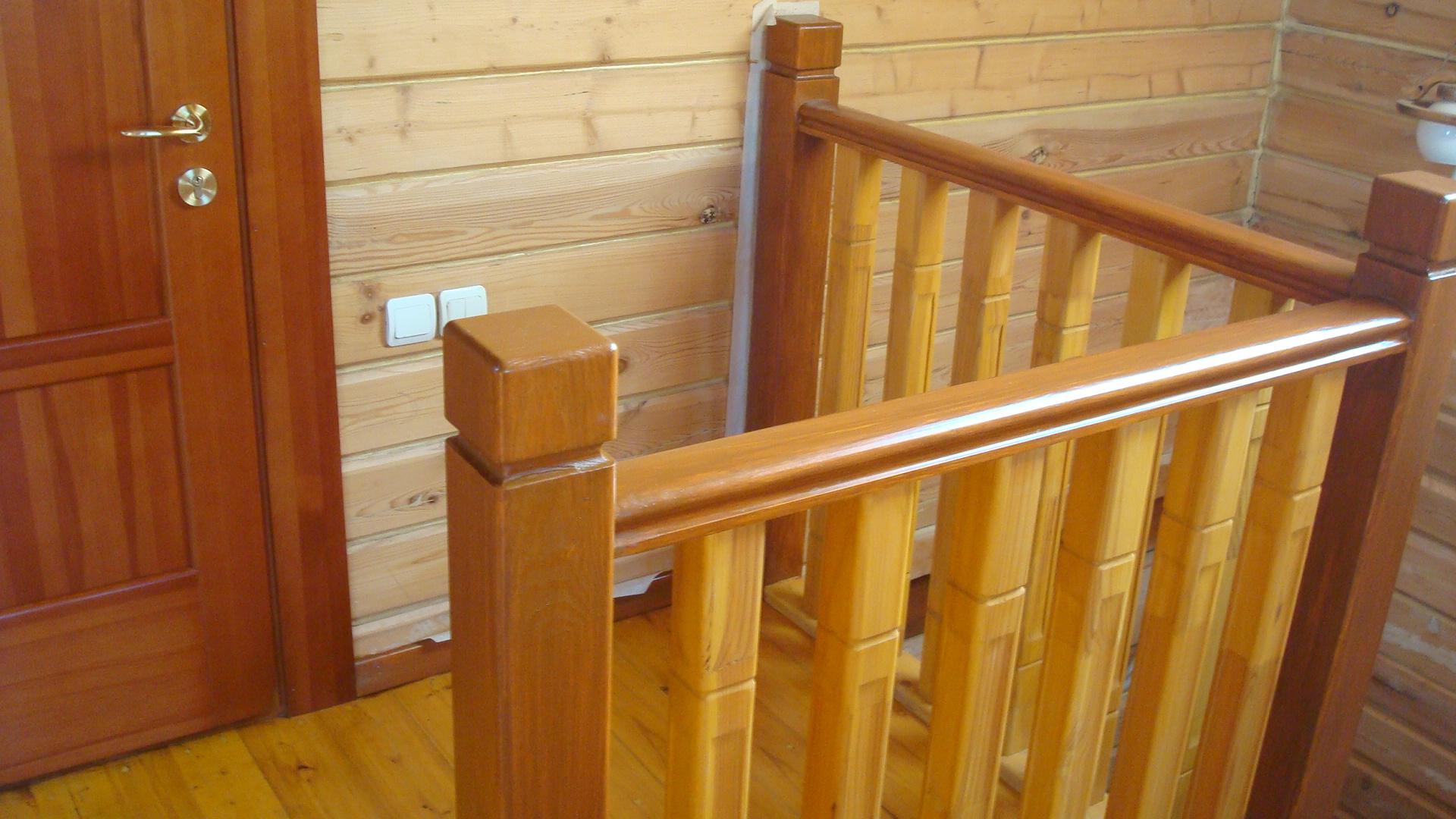 Лестница на второй этаж дома своими 8